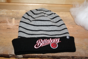 BillaBong Winter Cap Stripes